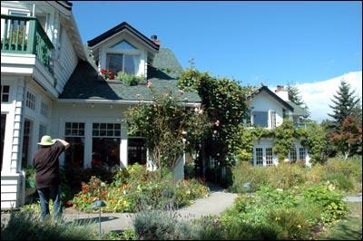 Sooke Harbor House - Vancouver Island